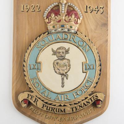 61 Squadron Crest