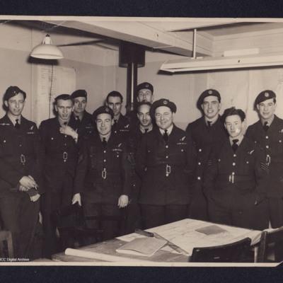 Rex Searle and ten Airmen