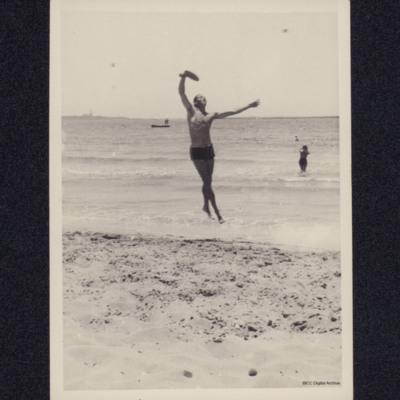 Rex Searle playing beach tennis