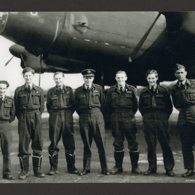Roy Briggs and aircrew
