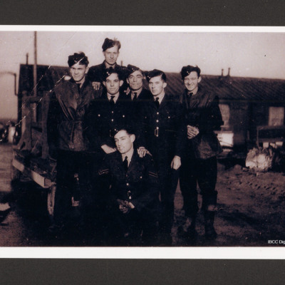 156 Squadron armourers at RAF Warboys