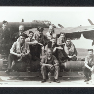 Flight sergeant Cuthbert with aircrew and ground personnel