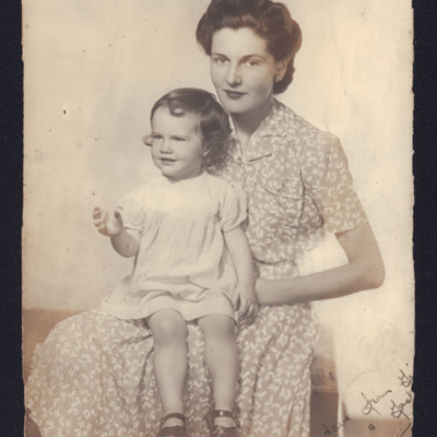 Jacqueline Harris and her mother