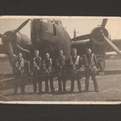 Frank Hobbs and crew in front of a Wellington